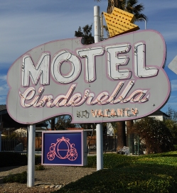 cinderella motel hollister